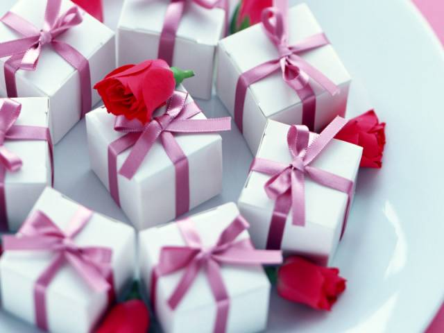 Год подарки с знакомства любимым